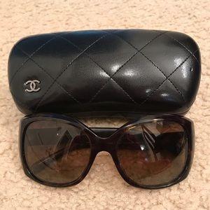 deaa6b01b11ef CHANEL Accessories - Chanel CC Oversized Polarized Sunglasses Brown